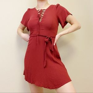 Small FORVER 21   Rusty Red Tie Detail Dress